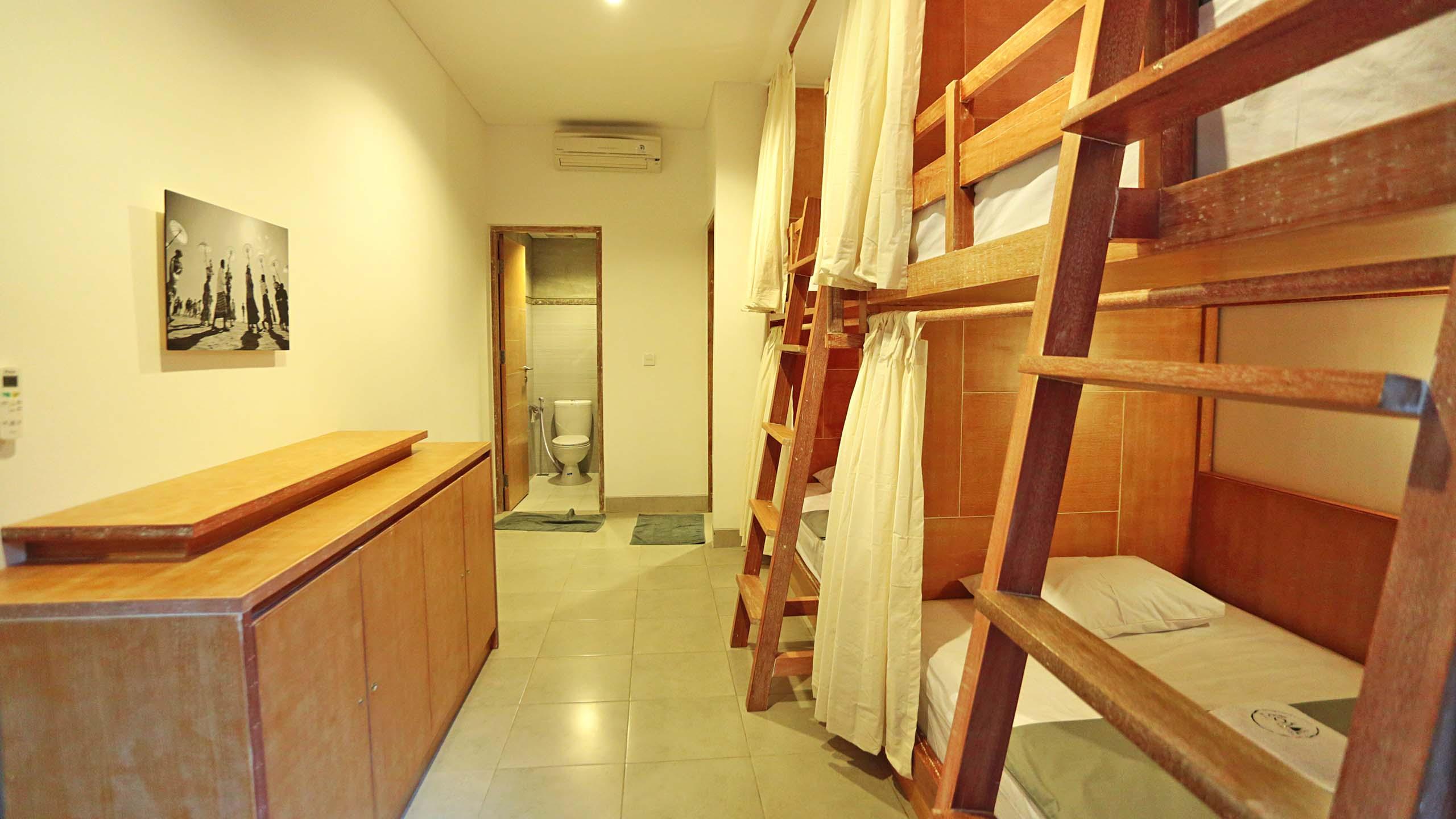 slider-lokal-bali-hostel-kuta-9